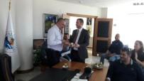 KIRMIZI GÜL - Başkan Altınok'tan Kepez Belediyesine Ziyaret