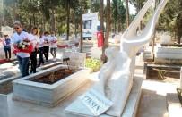 BIRSEL VARDARLı - Kadın Basketbolcular Özgecan'ın Mezarında