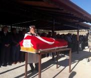 FATIH ÖZDEMIR - Kalp Krizi Geçiren Bekçi Hayatını Kaybetti