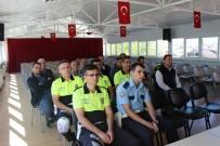 TRAFİK POLİSİ - Okul Servis Şoförlerine Eğitim