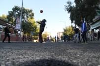 SICAK ASFALT - Sıcak Asfalt Üzerinde Futbol