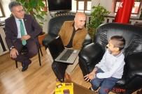 CAM KEMİK HASTASI - Ali Korkut, Engelli Bir Çocuğun Kalbini Yaptı