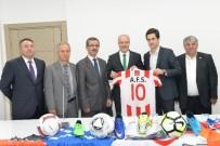 SOSYAL BELEDİYECİLİK - Altıeylül'den Spor Kulüplerine Destek