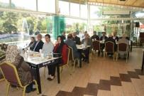 JANDARMA KOMUTANI - Başkan Acar Dinar Depreminde Hayatını Kaybedenlerin Ailelerini Unutmadı