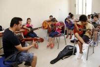 VESİKALIK FOTOĞRAF - Buca'da Sanat Kursları Başlıyor