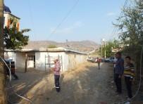 ELEKTRİK SAYAÇLARI - Dicle Elektrik, Kalatepe Köyünün Şebekesini Sıfırladı