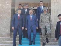 FİKRİ IŞIK - Milli Savunma Bakanı Işık sınırda