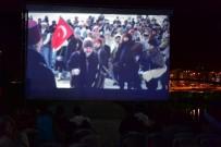 NOSTALJI - Ünye'de Açık Hava Nostalji Sinema Günleri'ne Emeği Geçenlere Plaket