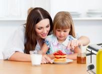 BESLENME ÇANTASI - Yanlış Beslenen Çocuğun Öğrenme Yeteneği Azalıyor