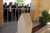 SARıKARAMAN - Yunus Emre Aksaray'daki Anıt Mezarı Başında Anıldı
