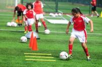 ARSENAL - Arsenal Türkiye'ye Yıldız Yağmuru