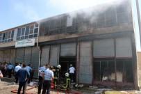 NUMUNE HASTANESİ - Kolonya İmalathanesinde Çıkan Yangında Bir Çocuk Yanarak Öldü