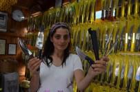 YÜKSEK ISI - Kurban Bayramı Yaklaştı, Sürmene Bıçağına İlgi Arttı