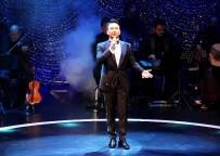 ÇAĞLA ŞİKEL - Megastar Tarkan Harbiye'yi Salladı