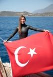 BAŞKENT ÜNIVERSITESI - Serbest Dalış Dünya Rekortmeni Şahika Ercümen Türkiye Rekoru Kırdı