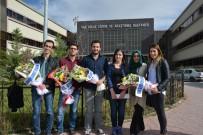 MUSTAFA KEMAL ÜNIVERSITESI - Amaç Hizmet Etmek Açıklaması Çiçeklerle Karşılandılar
