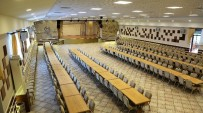 KULLAR - Başiskele'de Kültür Merkezlerine Yönelik Çalışmalar Sürüyor