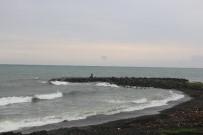 Denizde Kaybolan Lise Öğrencisini Arama Çalışmaları Devam Ediyor