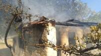 ZEYTINLI - Edremit'te Bağ Evinde Çıkan Yangın Korkuttu