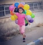 YALIN - Suriyeli Kızın Balon Sevinci