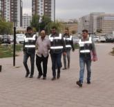 YANKESİCİLİK VE DOLANDIRICILIK BÜRO AMİRLİĞİ - Telefon Dolandırıcıları Suçüstü Yakalandı