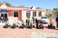 TRAFİK EĞİTİM PARKI - Yozgat'ta Öğrenciler Trafik Eğitim Parkında Hem Eğleniyor, Hem De Trafik Kurallarını Öğreniyor