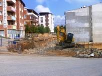 ÇÖKME TEHLİKESİ - Çökme Tehlikesi Olan Yolda Onarım Çalışmaları Başladı