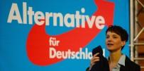 SOSYAL DEMOKRAT PARTİ - Merkel bir eyalette daha kaybetti