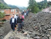Trabzon'daki Şiddetli Yağış Heyelanlara Neden Oldu