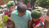 EVDE TEK BAŞINA - Azılı Dolandırıcıyı Jandarma Suç Üstü Yakaladı
