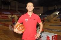 MERKEZ HAKEM KURULU - Eskişehir Basket Turnuvadan İkincilik İle Döndü
