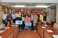 AKŞEHİR BELEDİYESİ - Akşehir Belediyesi Başarılı Öğrencileri Ödüllendirdi