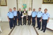 YAKıNCA - Başkan Polat, Yeşilyurt Belediyesi Zabıta Müdürlüğü Personelini Makamında Ağırladı