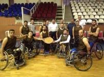 TEKERLEKLİ SANDALYE BASKETBOL - Engelli Basketçilere Enerji Takviyesi