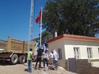 ULAŞLı - Oğuzeli İlçesindeki 91 Mahalleye De Türk Bayrağı Dikiliyor