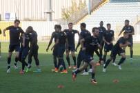 UMUT BULUT - Osmanlıspor, Trabzonspor Maçı Hazırlıklarını Sürdürdü