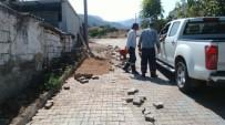 GÖKHAN KARAÇOBAN - Şeyh Sinan Mahallesinin Yolları Yenileniyor