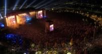 SİNAN ÖZEN - MFÖ, Yıllara Meydan Okuyan Şarkılarıyla EXPO'yu Coşturdu