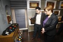 KARİKATÜR - Radyo Ve Demokrasi Müzesi'ne Büyük Onur