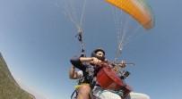 MÜZİK GRUBU - YTÜ'lü Öğrenciden 600 Metre Yüksekte Çello Şov