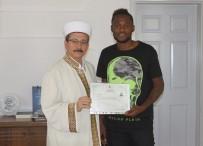 FRANSıZCA - Bakaki Müslüman Oldu Açıklaması Yeni Adı Bilal