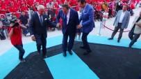 BÜROKRASI - Bakan Eroğlu'ndan İş Adamına Halı Jesti