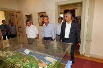 OSMAN HAMDİ BEY - Başkan Köşker, Başkan Yaman'ı Makamında Ağırladı