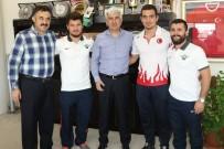 İŞİTME ENGELLİLER - Belediye Başkanı Salih Hızlı, Dünya Şampiyonlarını Ağırladı