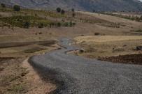 KAVAKLı - Ergani Kırsal Mahalle Yollarında 121 Kilometre Yol Çalışması