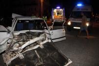 PEKIN - Otomobille Kamyonet Çarpıştı Açıklaması 6 Yaralı
