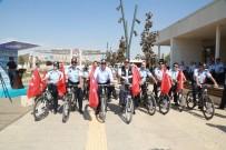 MEHMET TAHMAZOĞLU - Zabıtalar Bisikletle Yarıştı