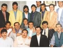 HAKAN ŞÜKÜR - Adil Öksüz'ün GS'li futbolcularla fotoğrafı ortaya çıktı