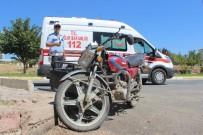 HULUSİ SAYIN - Elazığ'da Trafik Kazası Açıklaması 2 Yaralı