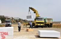 KAÇıŞ - Mermer Bloklar Sahil Marinaya Yerleştirildi